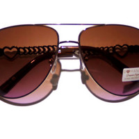 FREE SHIPPING, Nice, womens aviator sunglasses with ombre lense gold to pink, and hearts along the sides, vintage style, retro, sunglasses