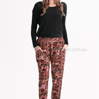 hippie pants - red at Esther Boutique
