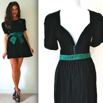 Vintage 80s Forest Green Low Back Velvet Mini Dress (size medium)