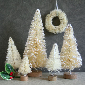 Winter White Bottle Brush Trees and Wreath for Dyeing and Decorating -  Vintage Style Bottle Brush Tree Set of 6 - Cream Tree Assortment
