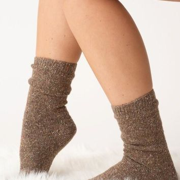 Mistletoes Socks - Taupe