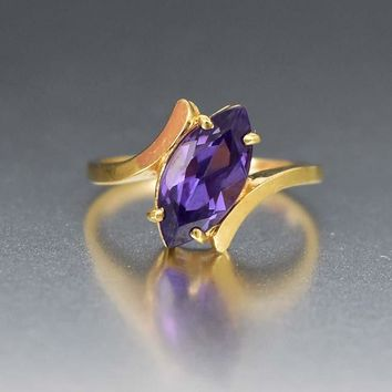 Vintage Alexandrite 10K Gold Color Change Sapphire Ring
