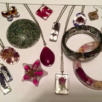 Memorial Jewelry, Funeral Keepsake, Memory Keepsake, Funeral Flowers, Preserve Ashes, Preserve Funeral Flowers, Memorialize Your Loved One.