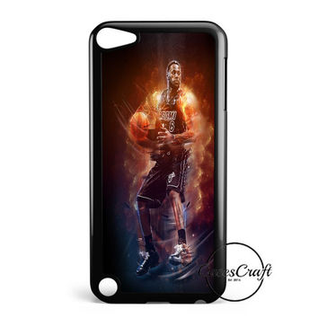 Lebron James Aura Jump iPod Touch 5 Case