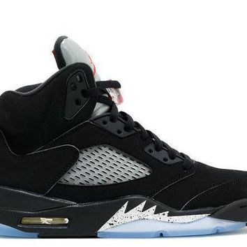 Jordan 5 Metallic - Beauty Ticks