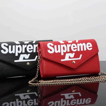 """Louis Vutitton×Supreme"" Personality Fashion Letter Logo Metal Chain Single Shoulder Messenger Bag Women Flip Small Square Bag"