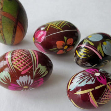 Vintage Hand Painted Easter Eggs, Russian Eggs, Hand Carved Wood ,Collection of Eggs, Easter Decor