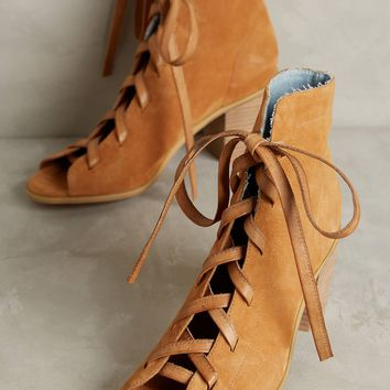 Silent D Groll Lace-Up Shooties