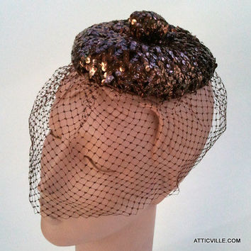 1950s Bronze Copper Sequined Fascinator Cocktail Hat and Full Net Birdcage veil. Excellent Vintage condition