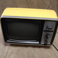 "Groovy Vintage 1970s Yellow Zenith N092G 9"" Portable Television"