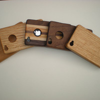 Handcrafted ecofriendly hardwood iPhone cases by RivertonWoodcraft