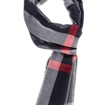 DCCKHI2 Burberry London checked scarf