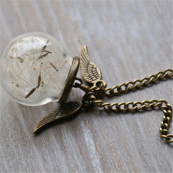 Vintage Harry Potter Friendship Necklaces Golden Snitch Pendant Dandelion Glass Locket Necklace Fashion Jewelry New Year Gifts