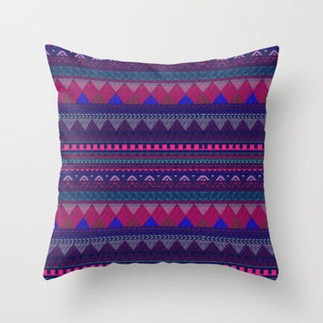KNITTED AZTEC PATTERN  Throw Pillow by Vasare Nar | Society6