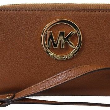 Michael Kors Fulton Luggage Brown Large Flat Leather Phone Case - Brown -