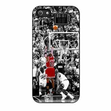 Michael Jordan Last Shot In NBA iPhone 5 Case