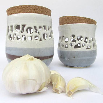 Kitchen Storage, Garlic Storage Jar with Cork Lid, Ceramic Kitchen Accessories, Handmade Pottery in White Grey and Brown