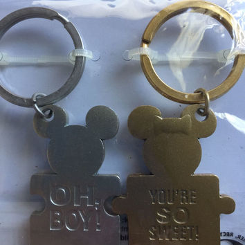 Disney Parks Mickey and Minnie Icon Puzzle Keychain New