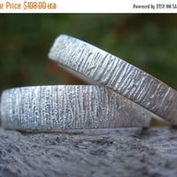 SALE 10% OFF unique wedding bands set of 2 wedding rings - sterling silver - bark texture - 5mm & 4mm - made to order - single bands
