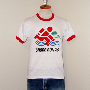 Vintage Deadstock 1986 SHORE Run Graphic RINGER Men Small White Athletic Hanes 50/50 T-Shirt