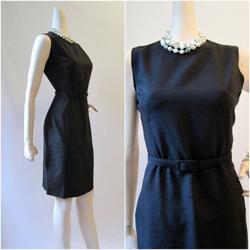60s Dress Vintage Black Linen Rayon Sheath LBD M by voguevintage