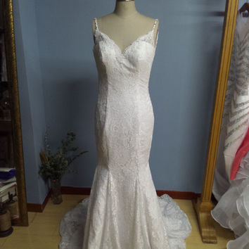 Mermaid Lace Wedding Dress Custom Made Bridal Gown with Beaded Spaghetti Straps W071