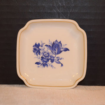 Ginori Savona Ashtray Vintage Italian Richard Ginori Blue White Porcelain Miniature Plate Gold Accents Elegant Dining Italian Dinnerware