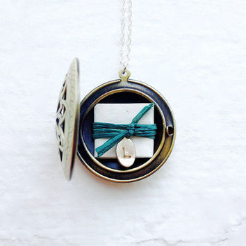 Subscription Message Locket Service