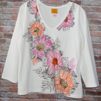 Ruby Rd Size Large White V-Neck Top Flowers Sequins Stretch knit 3/4 Sleeve