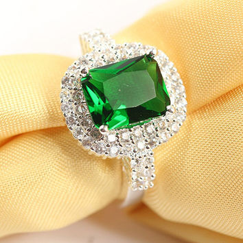 Women's Green Zircon Silver Plated Ring Fashion Wedding Bague Jewelry Gift