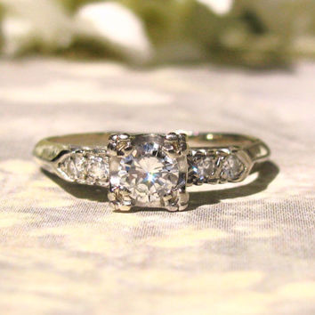 Beautiful Traditional Vintage Engagement Ring 14K White Gold 0.48ctw Diamond Wedding Ring Size 6.5!
