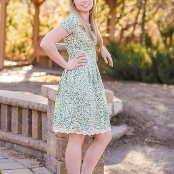Floral Dress with Pockets - Dresses | ModLi