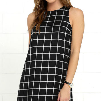 Olive & Oak One and Only Black and White Grid Print Shift Dress