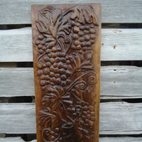 Wood sculpture - Fruit sculpture - Wall sculpture - Nature decor - Black walnut wood - Wood carving - Hand carving - Flower art - Grape art