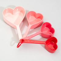 Measure Your Love Cups | Heart Shaped Measuring Cups | fredflare.com