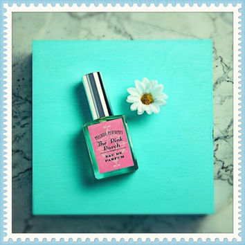Sweet Spring perfume - The Pink Porch perfume ™ spray by Melodie Perfumes. Sweet lovers, Grapefruit and berries. Spring Celebrations