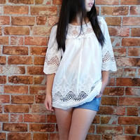 Vintage White Cotton Lace Embroidery Tunic with Quarter Sleeves