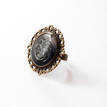 House Targaryen of King's Landing Crest - Targaryen Ring - Game of Thrones Jewelry - A Song of Ice and Fire - Handmade Vintage Cameo Ring
