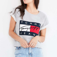 Tommy Jeans For UO 90s Classic Denim Shorts - Urban Outfitters