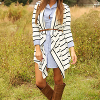 Gonna Spread My Wings Cardigan: Black/White
