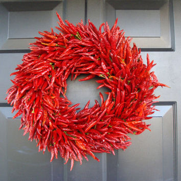 Organic Red Chili Pepper Wreath, Kitchen Centerpiece, Wall Decor, Housewarming Gift, Herb Wreath, Southwest Decor, 16 inch Shown in pictures