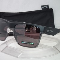 OAKLEY POLARIZED TWOFACE XL SUNGLASSES OO9350-02 Matte Black / Prizm Daily Polar