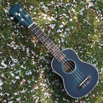 "Childrens Acoustic Guitar Ideal kids gift Gorgeous 21"" Rosewood Ukulele 4 String Ukelele Instrument"