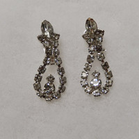 Teardrop Dangle Rhinestone Clip On Earrings