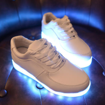 LED Light Up Women Chaussures Luminous Zapatos Schoenen Couples Casual Shoes Men 3 Colors