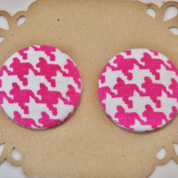 Pink and White Houndstooth Button Earrings - Fabric Button Earrings - Hypoallergenic Earrings - Stud Earrings
