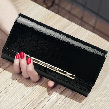 Korean Style Fashion Lady Genuine Leather Long Wallet Cow Leather Cover Large Capacity Day Clutches New Travel Card Purse