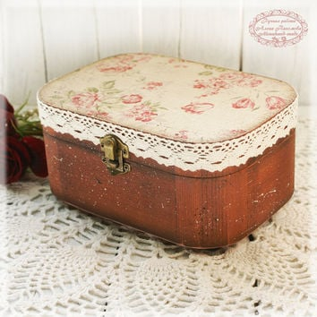 Large oval Box for jewelry Grandma Rose, Vintage look wooden box,provincial style