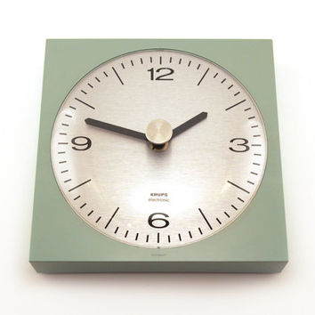 Krups clock. Retro mint green. Mid-Century Modern Germany 70s space age