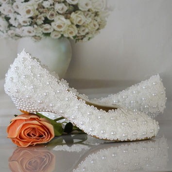 white flowers pearl bridal shoes low heel round toe fashion women s shoes  wedges party shoes free dce4cdd84e34
